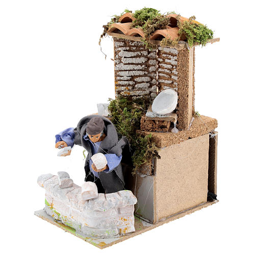 Builder, 8cm animated nativity 2