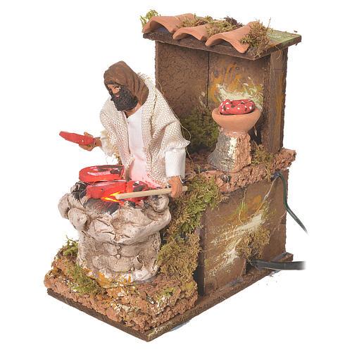 Pastore con carne 8 cm movimento presepe con led fuoco 3