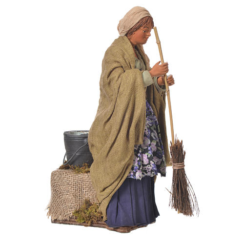 Woman sweeping, 24cm Animated Neapolitan nativity 2
