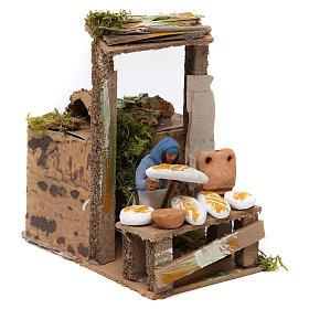Vendedor de pão movimento para presépio com figuras altura média 7 cm s3