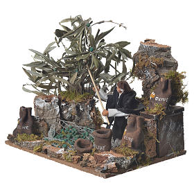 Man harvesting olives, 12cm animated nativity s2