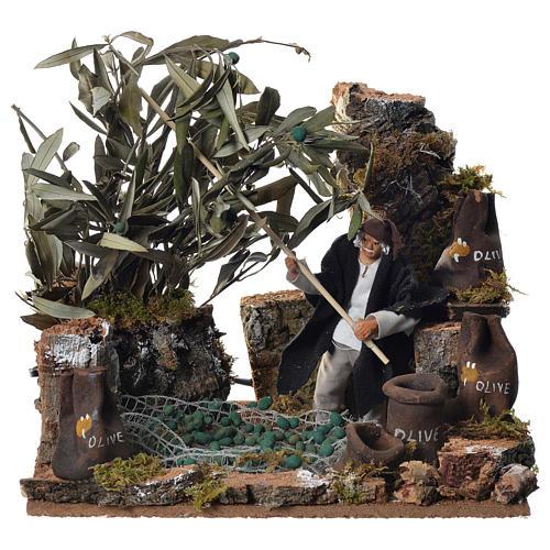 Man harvesting olives, 12cm animated nativity 1