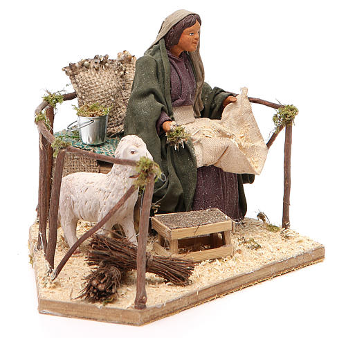 Movimiento mujer con oveja belén de Nápoles 14 cn 3