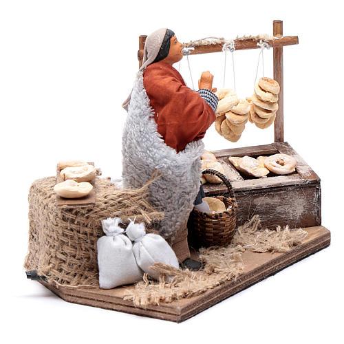 Man making taralli, animated Neapolitan Nativity figurine 12cm 3