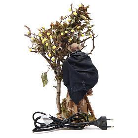 Uomo su scala con albero 14 cm movimento presepe Napoli s4