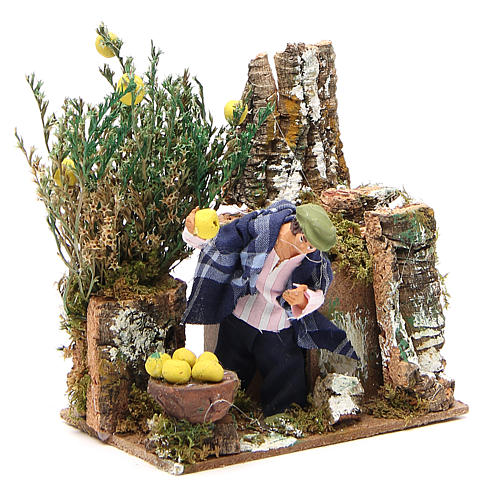 Animated nativity figurine 10cm man collecting lemons 3