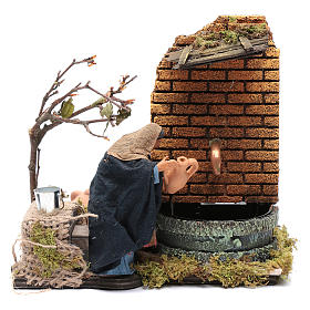 Neapolitan Nativity Scene: Animated Woman figurine with real fountain for Neapolitan Nativity, 12cm