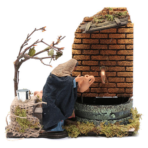 Animated Woman figurine with real fountain for Neapolitan Nativity, 12cm 1