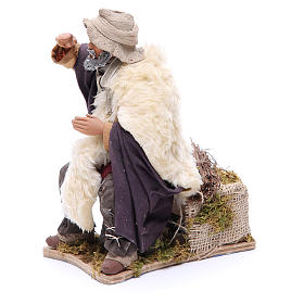Animated Man looking in the distance figurine for Neapolitan Nativity, 24cm s2