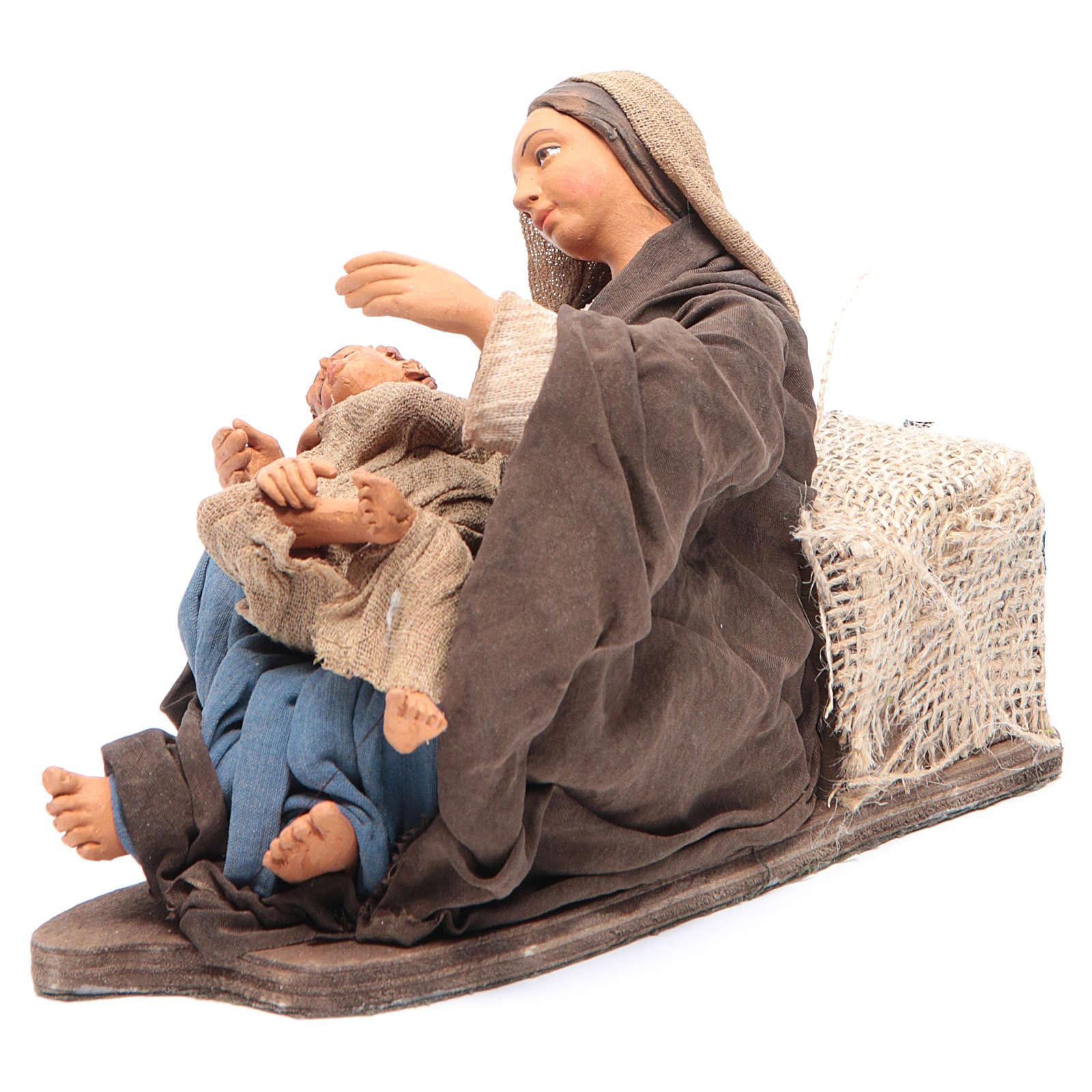 Mamá con niño sentada 30 cm movimiento Belén Napolitano 4