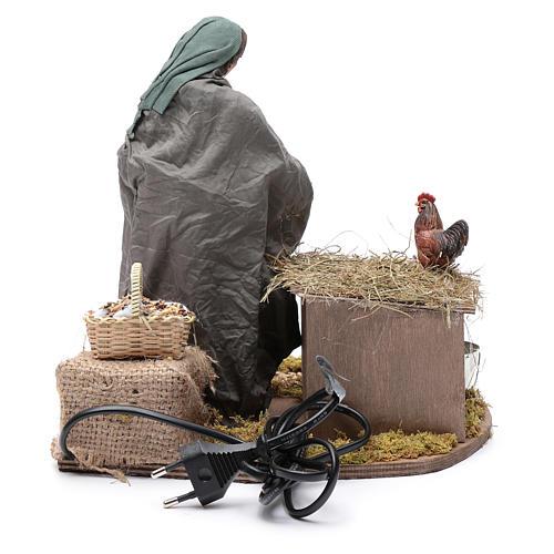 Donna nutre galline movimento 30 cm presepe napoletano 4