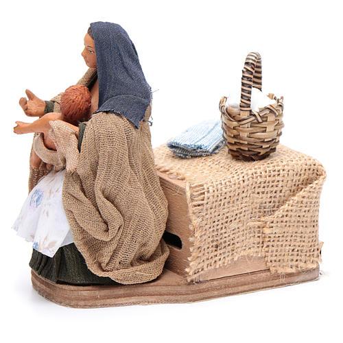Moving woman breastfeeding 12 cm Neapolitan nativity scene 2