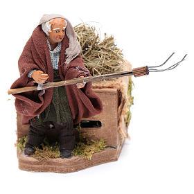Moving 10 cm farmer Neapolitan nativity scene s1