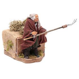 Moving 10 cm farmer Neapolitan nativity scene s3