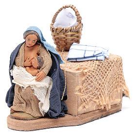 Donna allatta 10 cm con movimento presepe Napoli s2