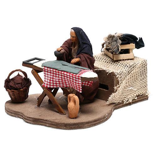 Woman ironing 10 cm  for Neapolitan nativity scene 3