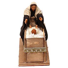 Presépio Napolitano: Movimento mãe pegando o bebê no berço para presépio com  figuras altura média 12 cm