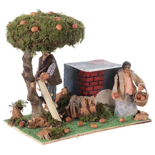 Couple qui ramasse des oranges animation crèche de Naples 8 cm 3
