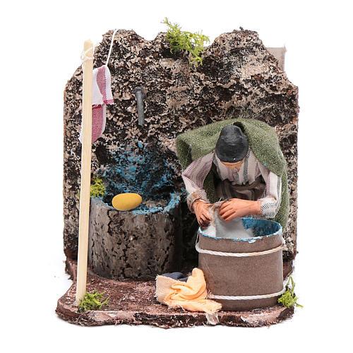 Lavandera  en movimiento pesebre napolitano 8 cm 1