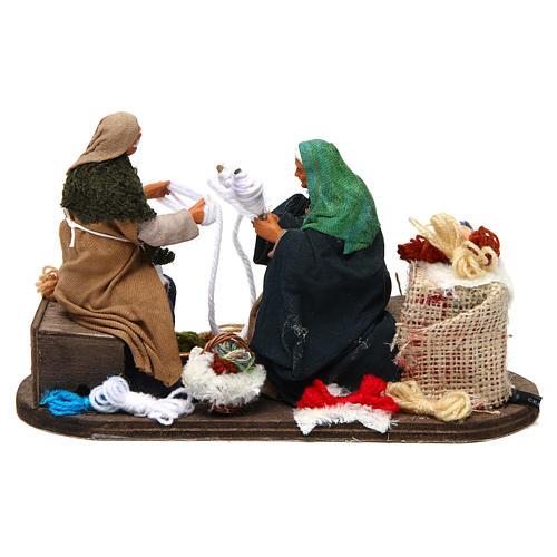 Movimento anziani che raggomitolano lana 12 cm presepe Napoli 4