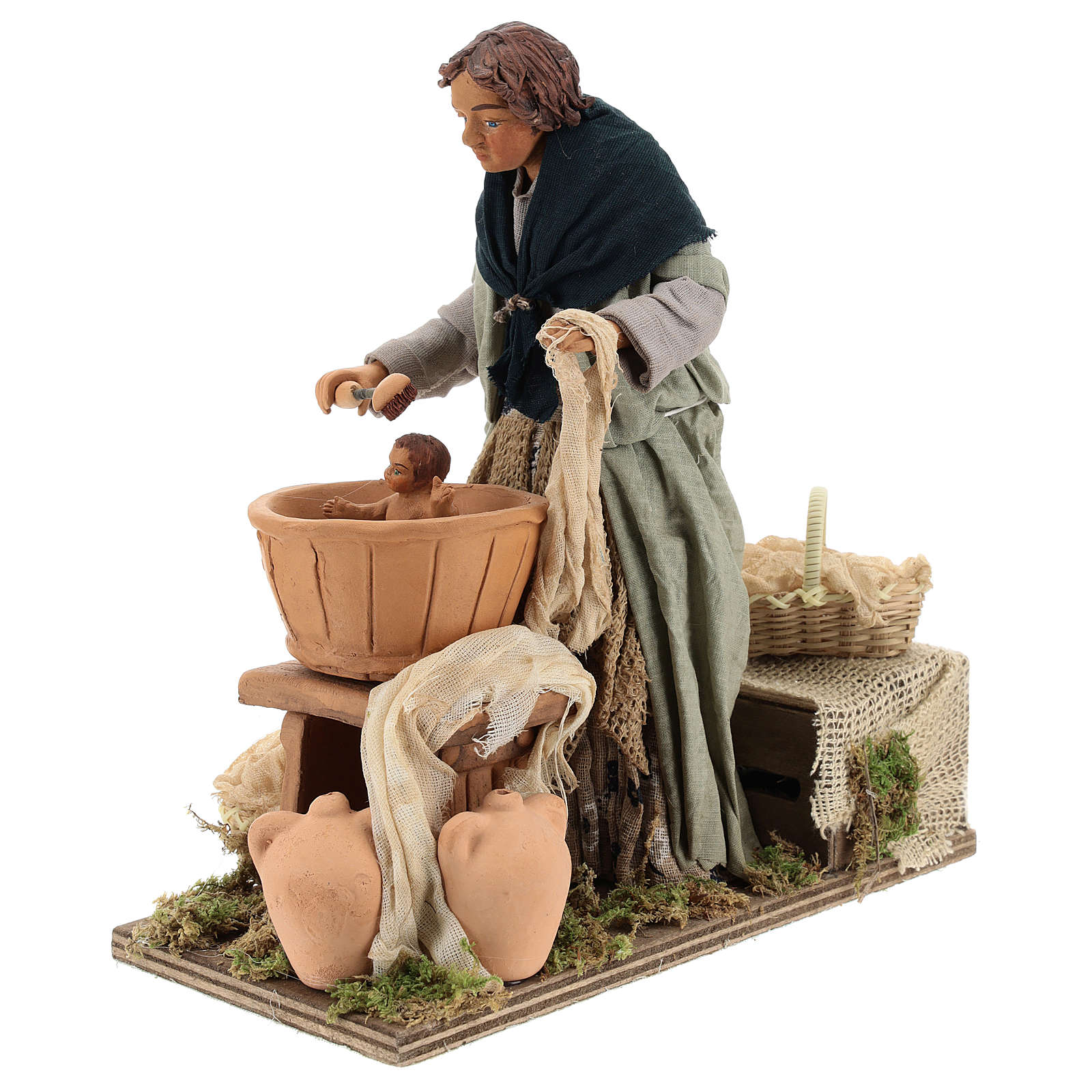 Woman washing child  in movement 24 cm for Neapolitan nativity scene 4