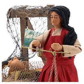 Moving fisher woman with scale for Neapolitan nativity scene s2
