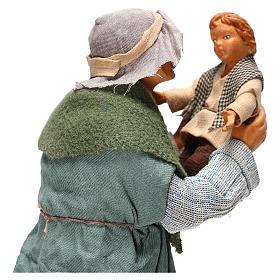 Hombre con niño Belén Napolitano 24 cm s4