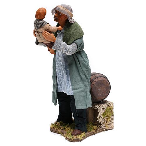 Hombre con niño Belén Napolitano 24 cm 3