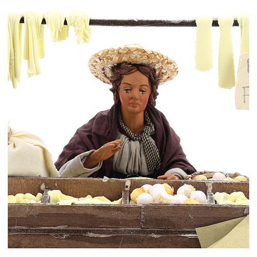 Escena en movimiento vendedora pasta fresca pesebre napolitano 24 cm 2