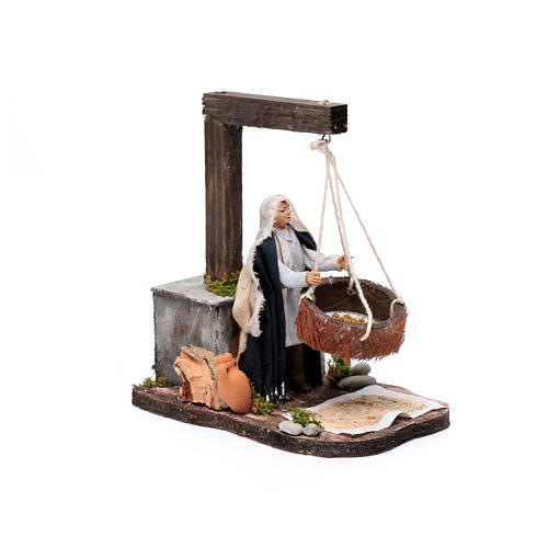 Neapolitan nativity scene moving woman sifting  14 cm 3