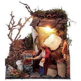 Neapolitan nativity scene elderly woman chestnut seller 10 cm with lights s1