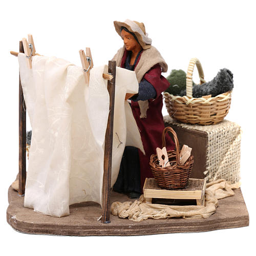 Moving Woman Hanging Clothes Neapolitan nativity 12 cm 1