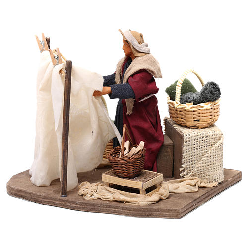 Moving Woman Hanging Clothes Neapolitan nativity 12 cm 3