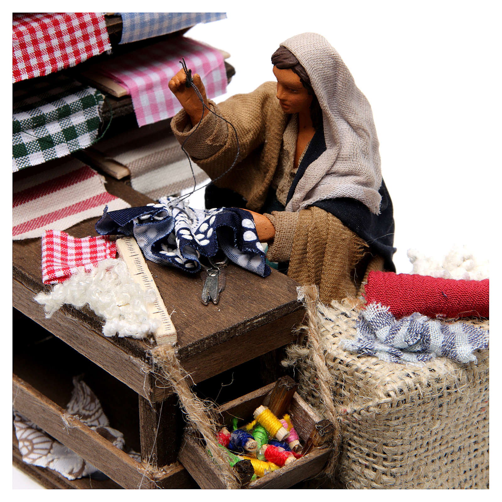 Moving Seamstress with Workstation for Neapolitan nativity of 12 cm 4