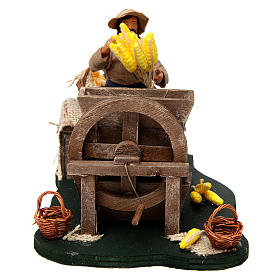 Moving Man with Corncobs for Neapolitan nativity of 12 cm s1