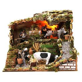 Figuras em Movimento para Presépio: Cena iluminada para presépio de Natal 3 fazendeiros vaca e mula figuras altura média 12 cm movimento 35x45x30 cm