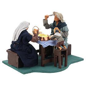 Escena familia que cena con niño 24 cm de altura media belén Nápoles s9