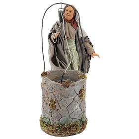 Presépio Napolitano: Mulher ao poço com movimento para presépio napolitano com figuras de 30 cm de altura média