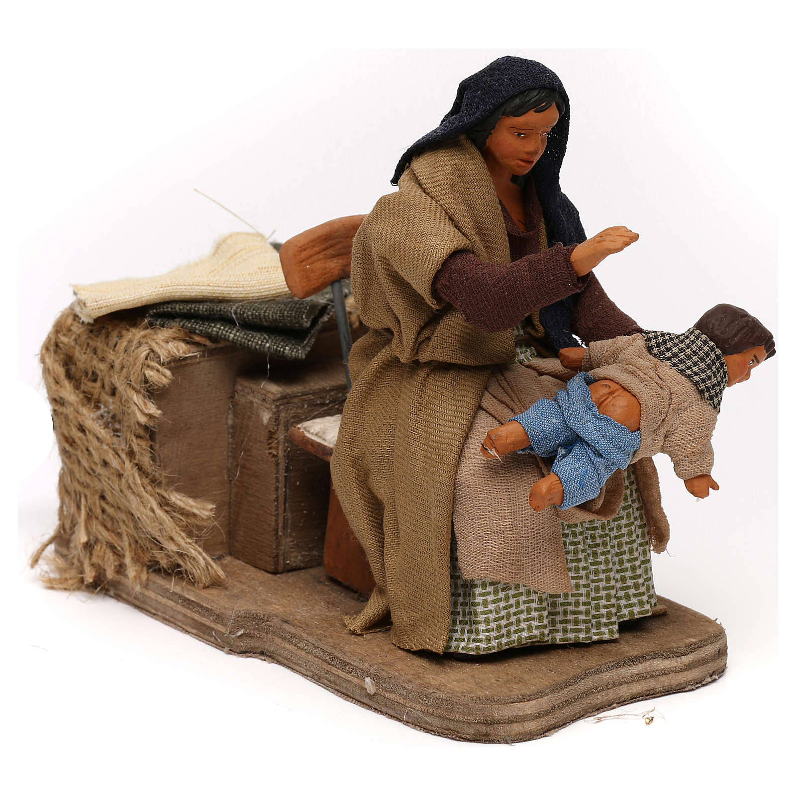 Mom spanking child, 12 cm moving Neapolitan nativity