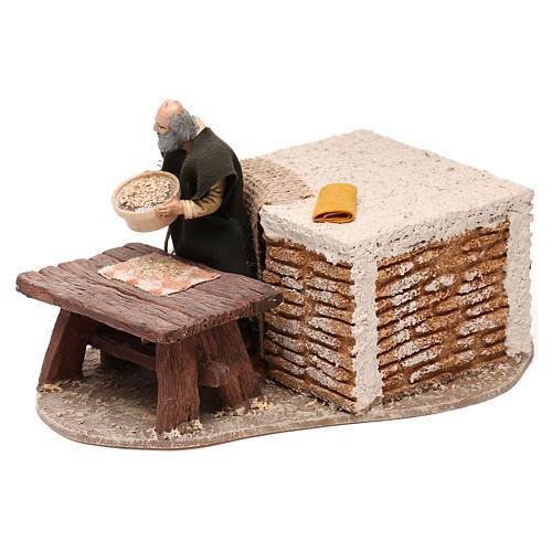 Uomo che setaccia la farina Oliver con movimento presepe 10 cm 2