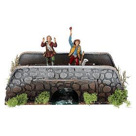 Figuras em Movimento para Presépio: Pastores em movimento no ponte 10x25x10 cm para presépio com figuras de 12 cm de altura média