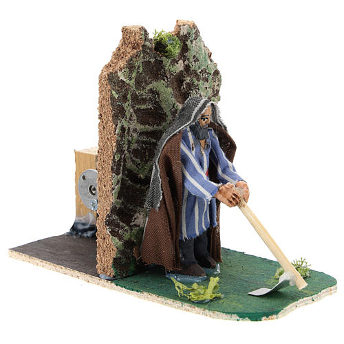 Moving farmer with hoe for Neapolitan Nativity Scene 7 cm 3