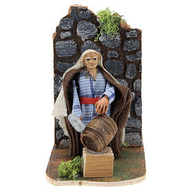 Moving man fixing barrels for Neapolitan Nativity Scene 7 cm s1