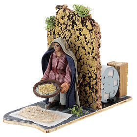 Moving farmer with sifter for Neapolitan Nativity Scene 7 cm s2