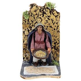 Presépio Napolitano: Camponês com peneira movimento para presépio napolitano com figuras de 7 cm  de altura média