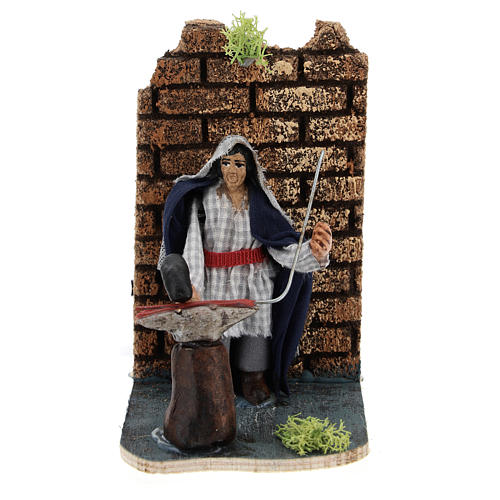 Moving blacksmith for Neapolitan Nativity Scene 7 cm 1