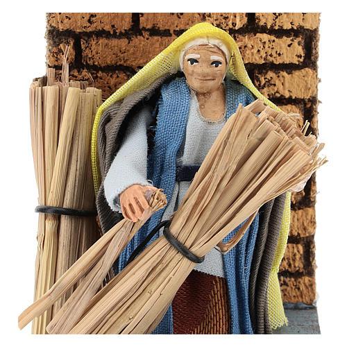 Moving farmer with hay for Neapolitan Nativity Scene 7 cm 2