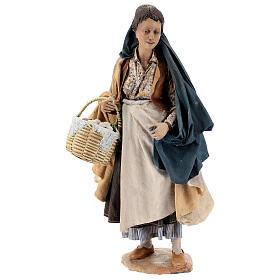 Donna con cesti 30 cm Angela Tripi terracotta s1