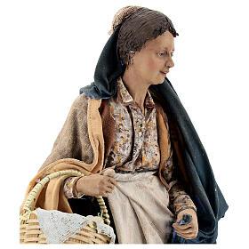 Donna con cesti 30 cm Angela Tripi terracotta s2