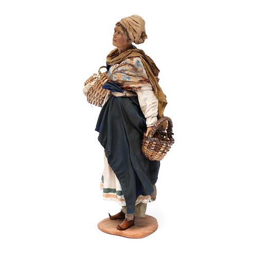Donna con cesti 30 cm Angela Tripi terracotta 2